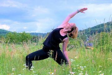Katharina Holch - Homepage - Sunrise Yoga