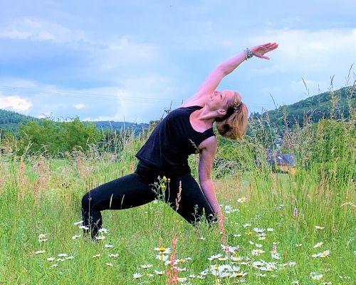 Katharina Holch - Yoga - Sunrise Yoga